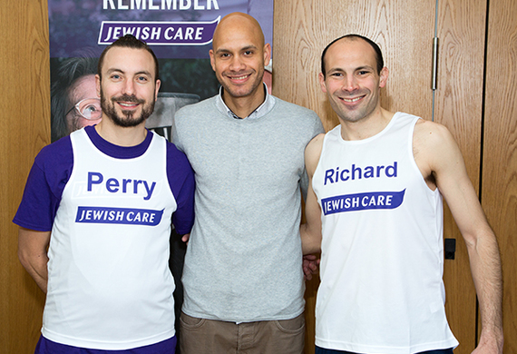 Marathon2015perry and richard get tips from darren listing